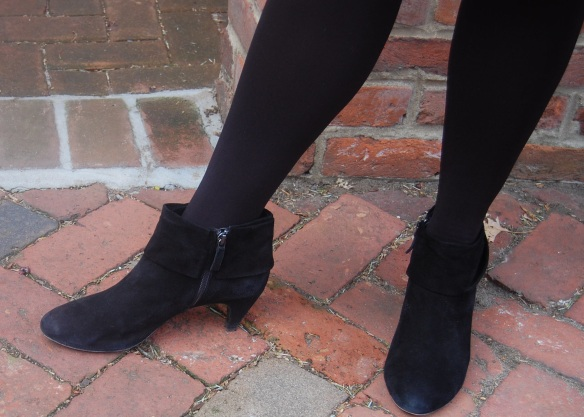 Tights Wolford  ~  Booties Elie Tahari